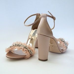 Badgley Mischka Fleur, Blush 7M Block Heel